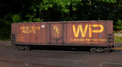 CUSTOM WEATHERED HO Scale Walthers Plug Door Boxcar Western Pacific WP