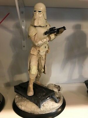 Snowtrooper Premium Format Exclusive by Sideshow