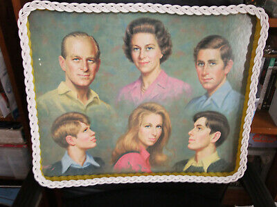 Fabulous Very Rare Vintage Gooak Serving Tray Depicting The Queen & Her Family