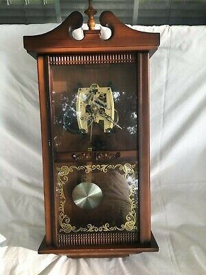VINTAGE CLOCK REPAIR REPLACEMENT PART- MECHANICAL MOVEMENT WIND UP with case