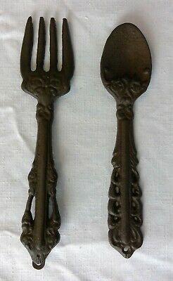 Cast Iron Fork & Spoon Utensils Farmhouse Rustic Wall Hangings Solid (Black)