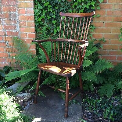 Early Comb Back Windsor Chair in Elm and Ash Stick