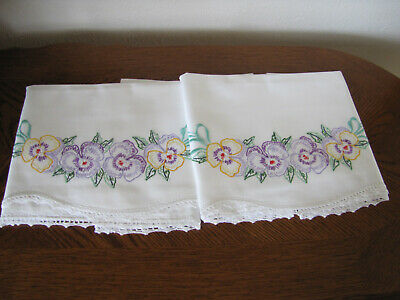 Vintage Pair Of Pillowcases Embroidered & Crocheted Scrolling Pansies Exquisite