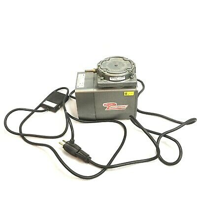 Dayton Speedaire Vacuum Pump 1HP Model 4Z024 & Treadlite Foot Pedal - WORKS