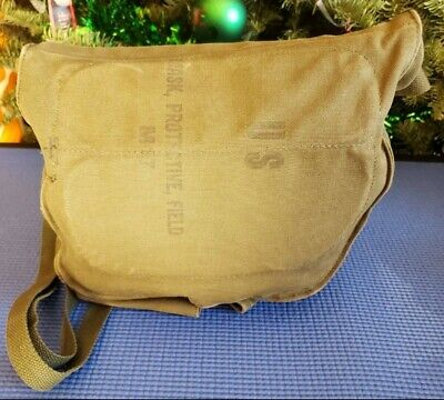 WWII US ARMY Field Protective Gas Mask Size M M9 C14 w/Used