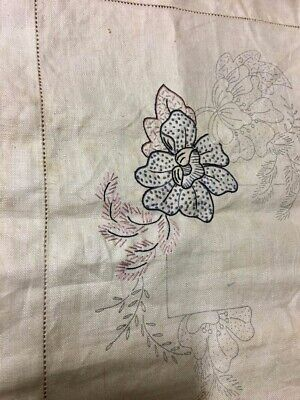 heavy irish linen tablecloth one flower been embroided 1950s 124 x 124.4 feet 1""