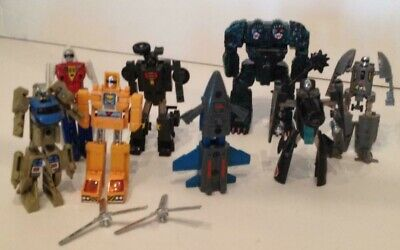 LOOK! LARGE LOT Of Vintage 1980`S Hasbro Transformers