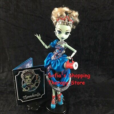 Monster High Doll Scary Tales Frankie Stein Threadarella Stand Diary Purse Lot