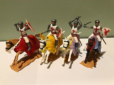 TIMPO Mounted Crusader Knights  lot of 4 1960's  made in Gt Britain