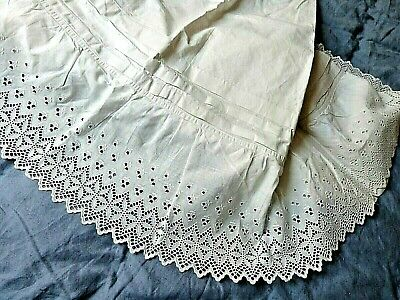Jupon ancien broderie anglaise