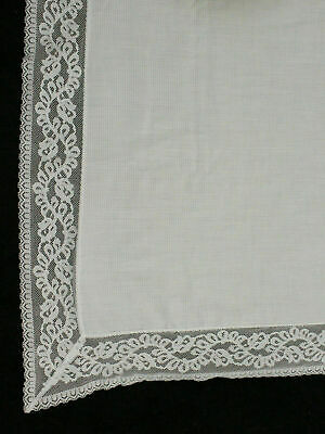 Vintage Floral Quaker Lace Tablecloth White Polyester 49 X 66 inch Flowers Style