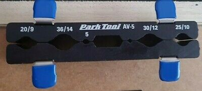 Park Tool AV5 Bicycle Bike Workshop Axle and Pedal Vice