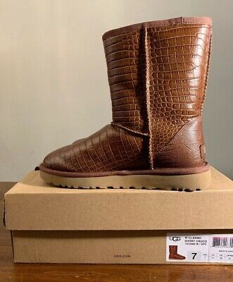 2198fa07f6d UGG CLASSIC SHORT Crocodile Women's Leather Boot Spice Brown Size 6 ...
