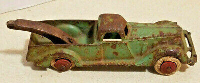 Antique Hubley 2234 Cast Iron Tow Truck