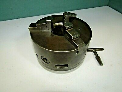 Metal working chuck. 3 Jaw self-centring. With key.