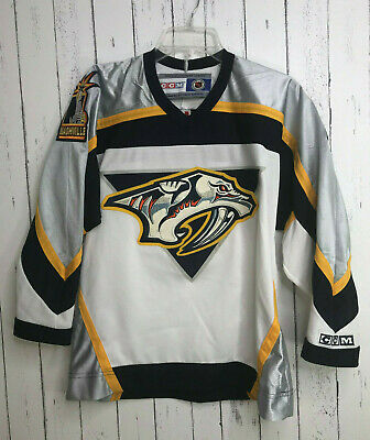 3463ce18 NHL Vintage Nashville Predators CCM Hockey Made In Canada Jersey Youth Boys  L XL