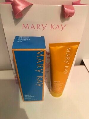 MARY KAY SUNSCREEN SPF 30  **BRAND NEW** Perfect for Holidays! UVA 5 Star Rating