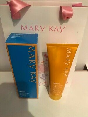 MARY KAY SUNSCREEN SPF 50  **BRAND NEW** Perfect for Holidays! UVA 5 Star Rating