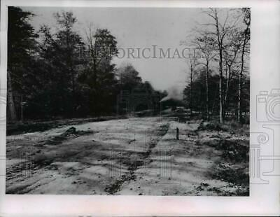 1961 Press Photo London Road, Shaker Heights, Ohio during construction in 1927