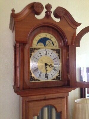 Long case grandfather clock in very good condition.