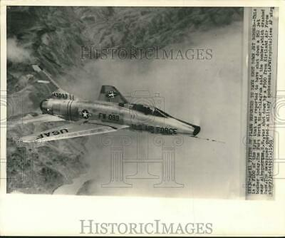 1961 Press Photo Type of USAF F-100 Jet which Accidentally Shot down B-52 Bomber