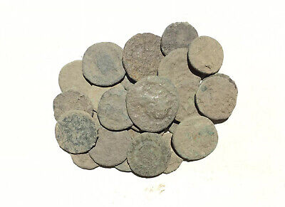 Nice anciente lot 50m  Roman uncleaned coins
