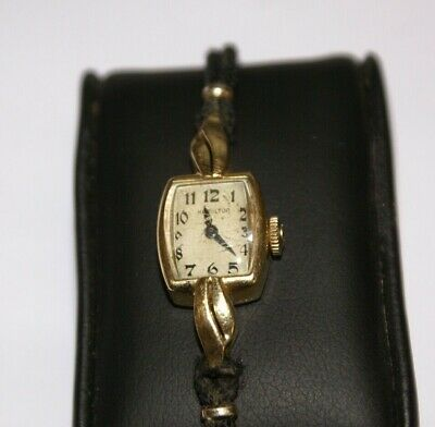 Vintage 14K Gold Ladies Hamilton 911 17 Jewels Wrist Watch_Running