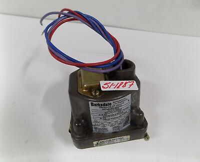 Barksdale .4-18Psi Pressure Or Vacuum Actuated Switch D1H-H18Ss