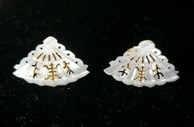 Vintage VOGUE Mother of Pearl Asian Fan Clip Earrings - Signed - Excellent - Lov