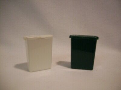 Tupperware/Mini Salt & Pepper Shakers white 186H, green 1861-6 backpack,picnic