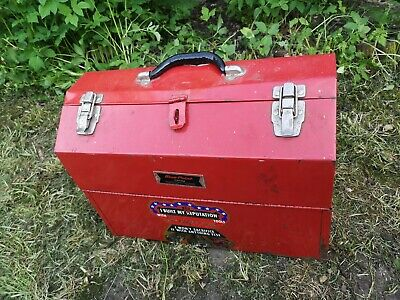 Old Red vintage Snap On rusty chippy paint toolbox ~ Nice patina needs TLC Prop
