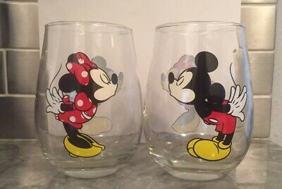 Set of 2 Disney Mickey And Minnie Mouse Stemless Wine Glasses