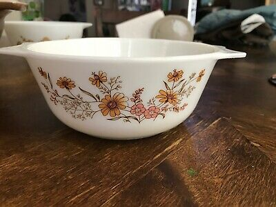 Pyrex Mixing Or Serving Bowl Vintage Probably Early 90's Made In England