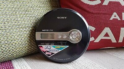 Sony Walkman D-NF340 MP3 Personal CD Player FM Radio