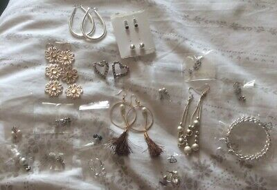 JOB LOT-19 Mixed different pairs of diamante Pearl Effect Dangly /stud earrings