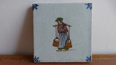 Antique polychrome Dutch Delft tile Ancien carreau polychrome water carrier   .5