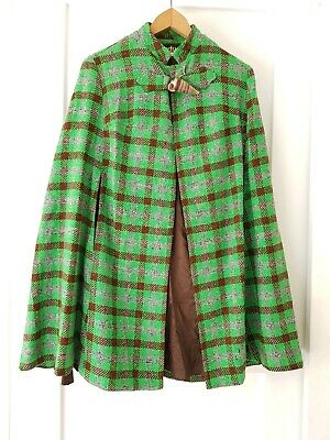 * VINTAGE * ONE SIZE green Plaid WOOL shawl CAPE throw!