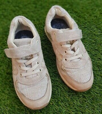 Geox Girls Toddler Shoes. Size 29. Used good condition