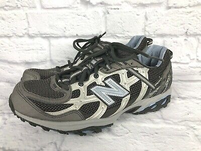 Womens New Balance 690 V2 Size 9 All Terrain Shoes Hiking