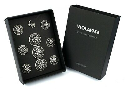 Set of 9 shank buttons and 1 pin - VIOLA1956 series gift box - Set 010. Hiking