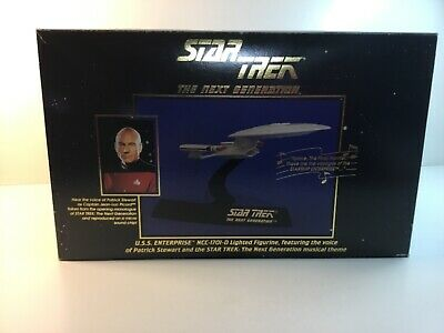 Star Trek THE NEXT GENERATION, U.S.S.ENTERPRISE NCC-1701-D, Lights and Sound