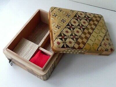 Vintage Japanese small travelling sewing box with retractable tape measure