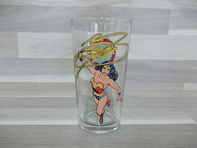 Vintage collection glass Wonder Woman with old logo DC Comics