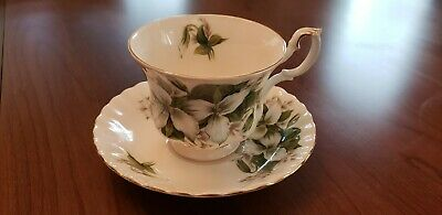 Beautiful Vintage Royal Albert Trillium Bone China Tea Cup and Saucer
