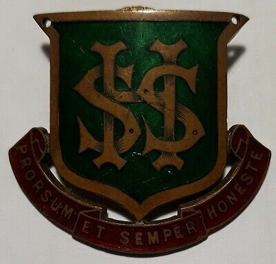 AUSTRALIA • Tasmania • 1933 • Hobart State High School Enamel Hat Badge