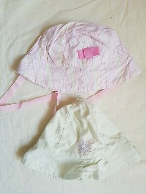 Girls Baby Infant Hats. Bundle of 2 items. Size 3 – 6 months