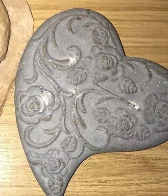 Latex Mould for making Heart Stone/rock
