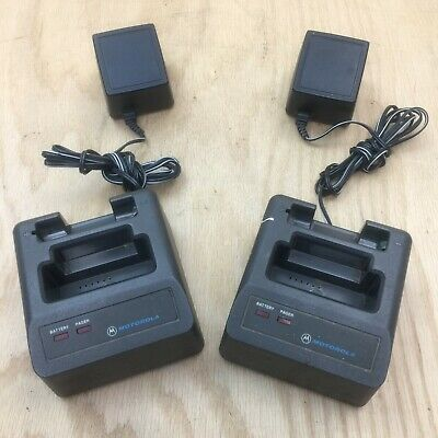 2 Motorola Minitor II (2) Pager Standard Charger Model NRN 4952A