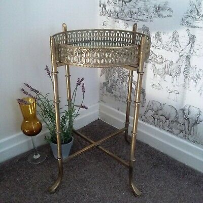 Stupendous Vintage Gold Mirrored Tray Table Occasional Side Table Beatyapartments Chair Design Images Beatyapartmentscom