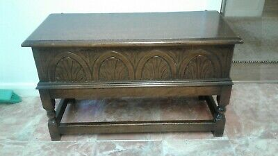 Antique Oak coffer   Vgc